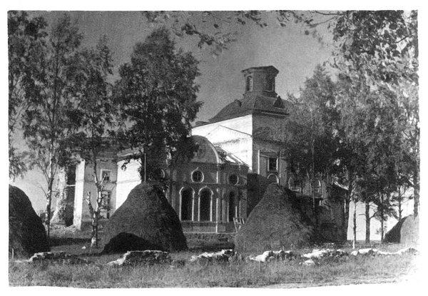 Покровская церковь на Пакшенгском погосте, 1812 года. Каменная, одноэтажная, одноглавая. С тремя престолами.(разрушена)